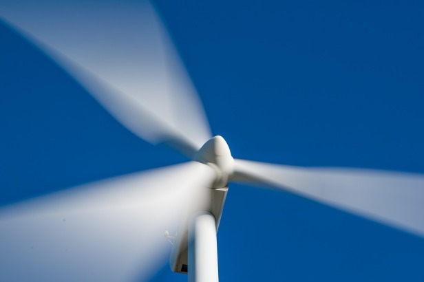 Windpower-supplies-40-per-cent-electricity-in-South-Australia-Pixabay-Josealbafotos.jpg