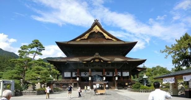 nagano_zenkoji_temple.jpg